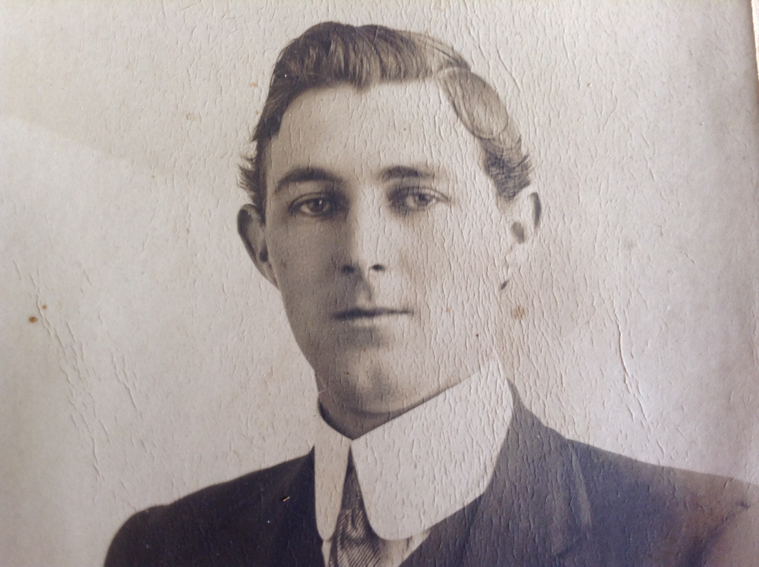 Archie Charles MacKinnon