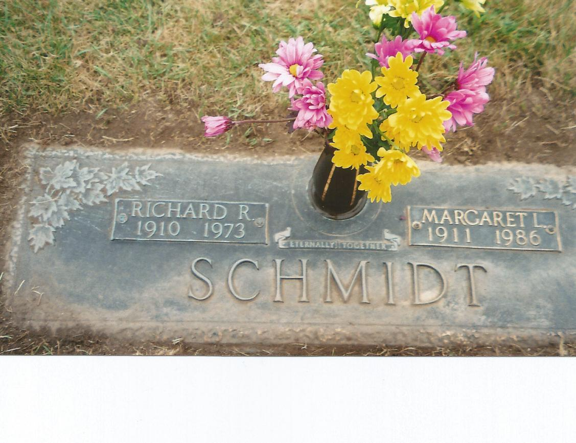 Lee Roy Schmidt