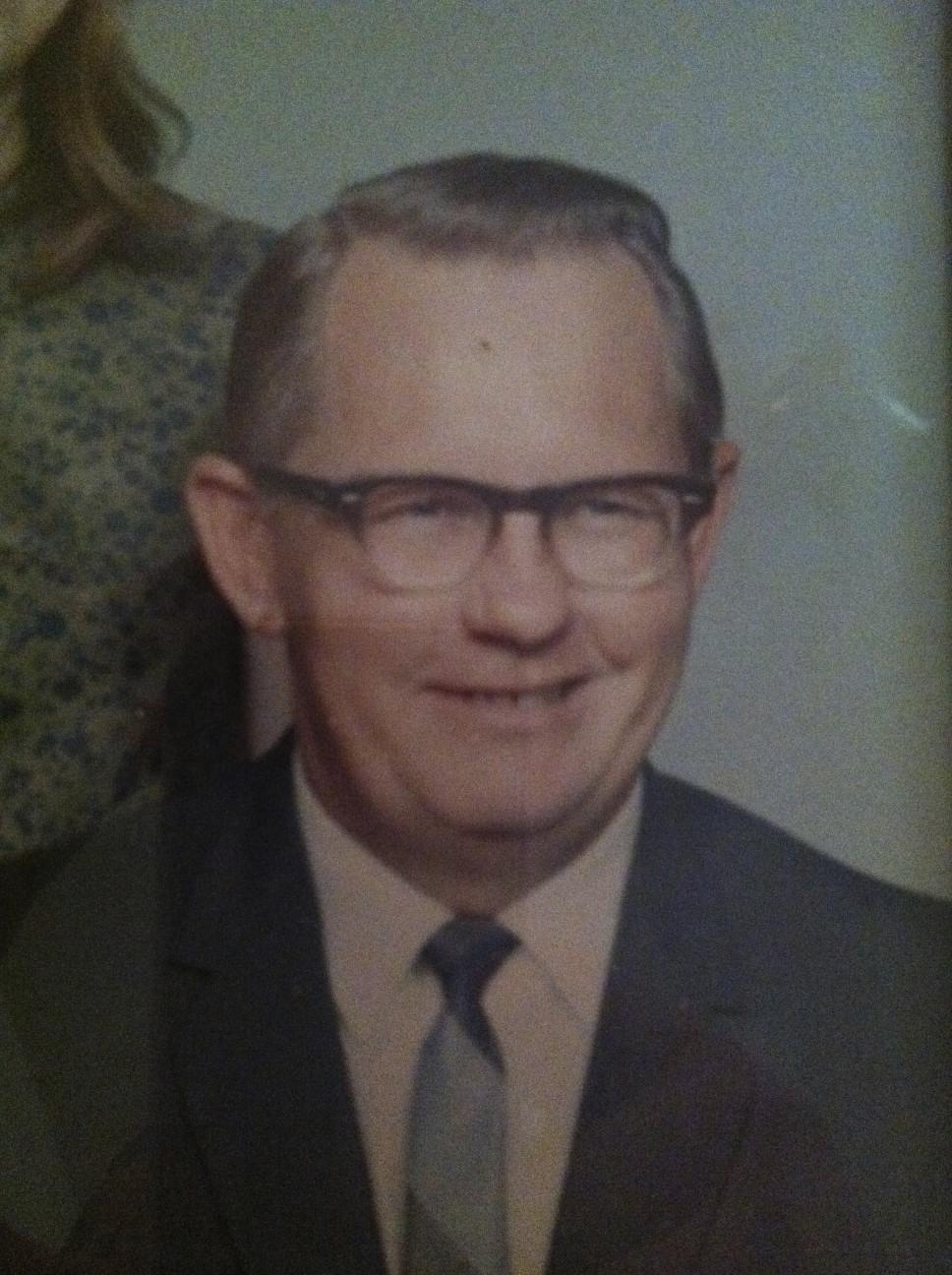 Clarence E Bobb