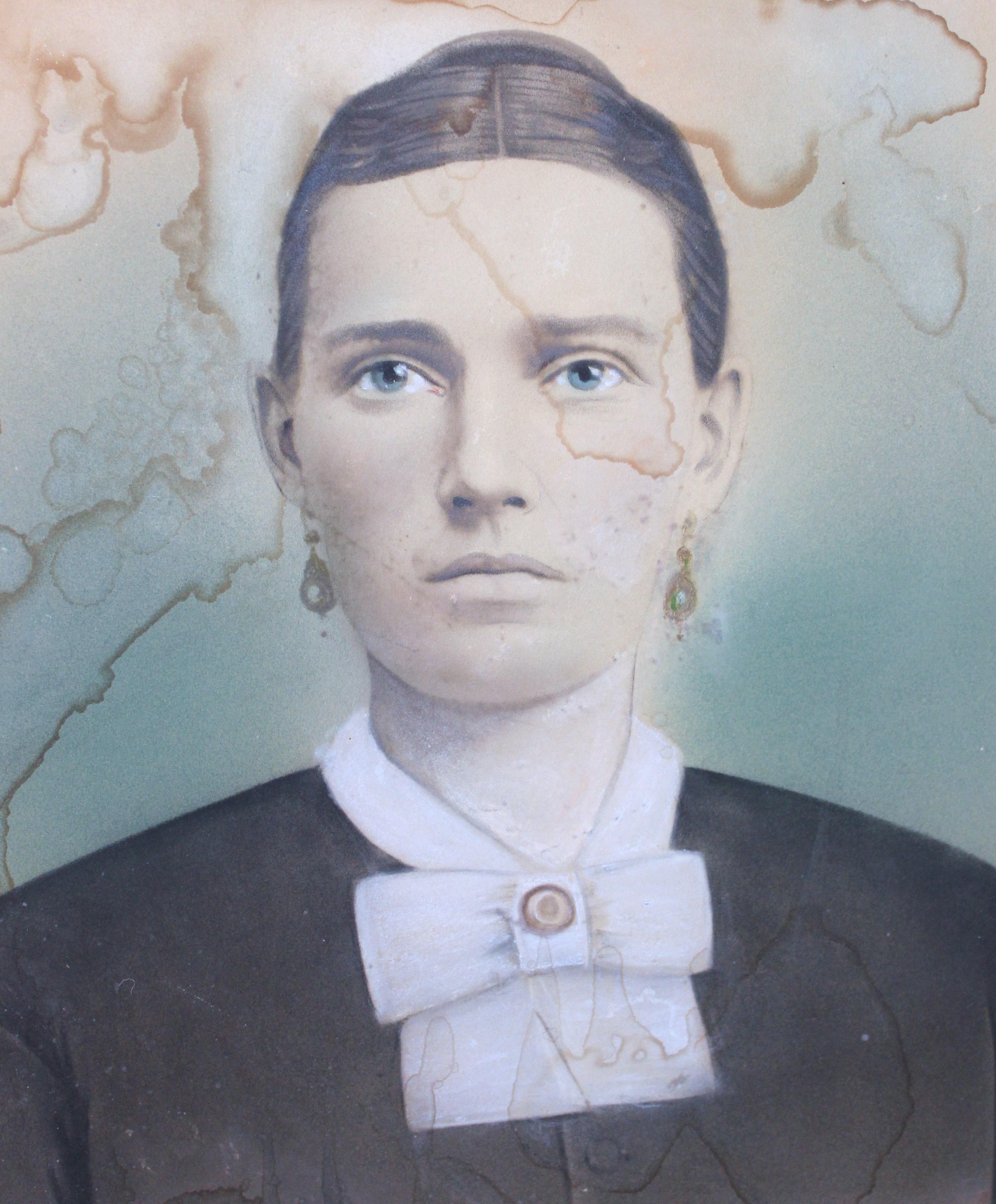 Polly Helton