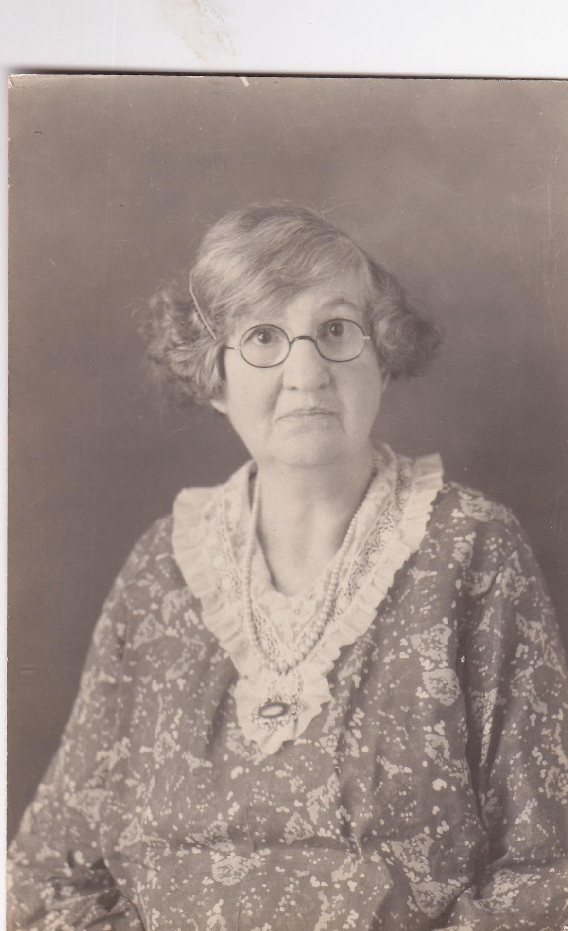 Zoe Santos