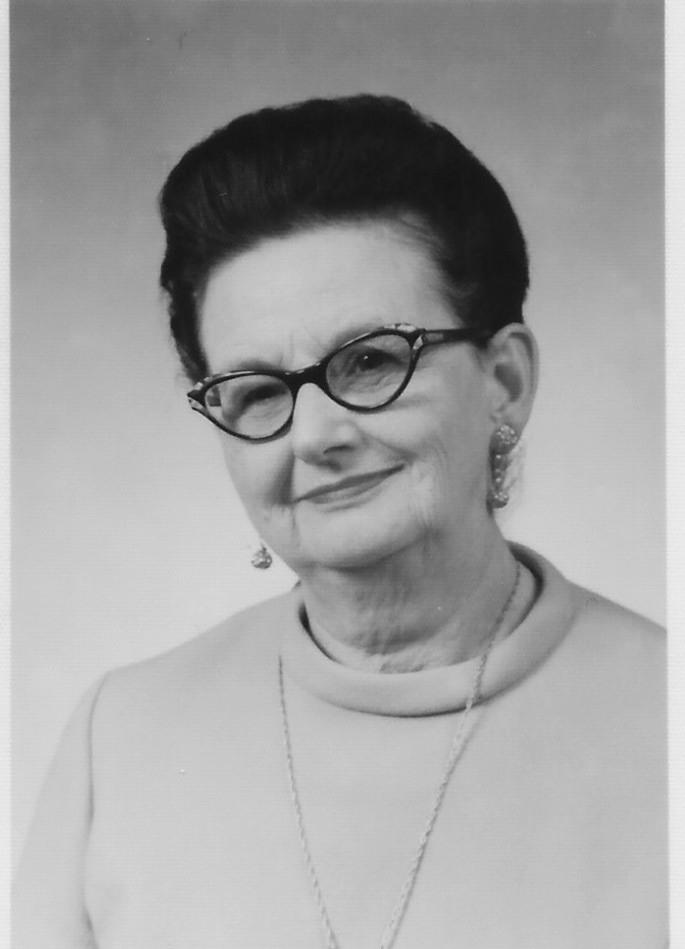 Carolyn L Adams