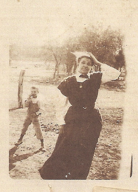 Maria Louisa Bond