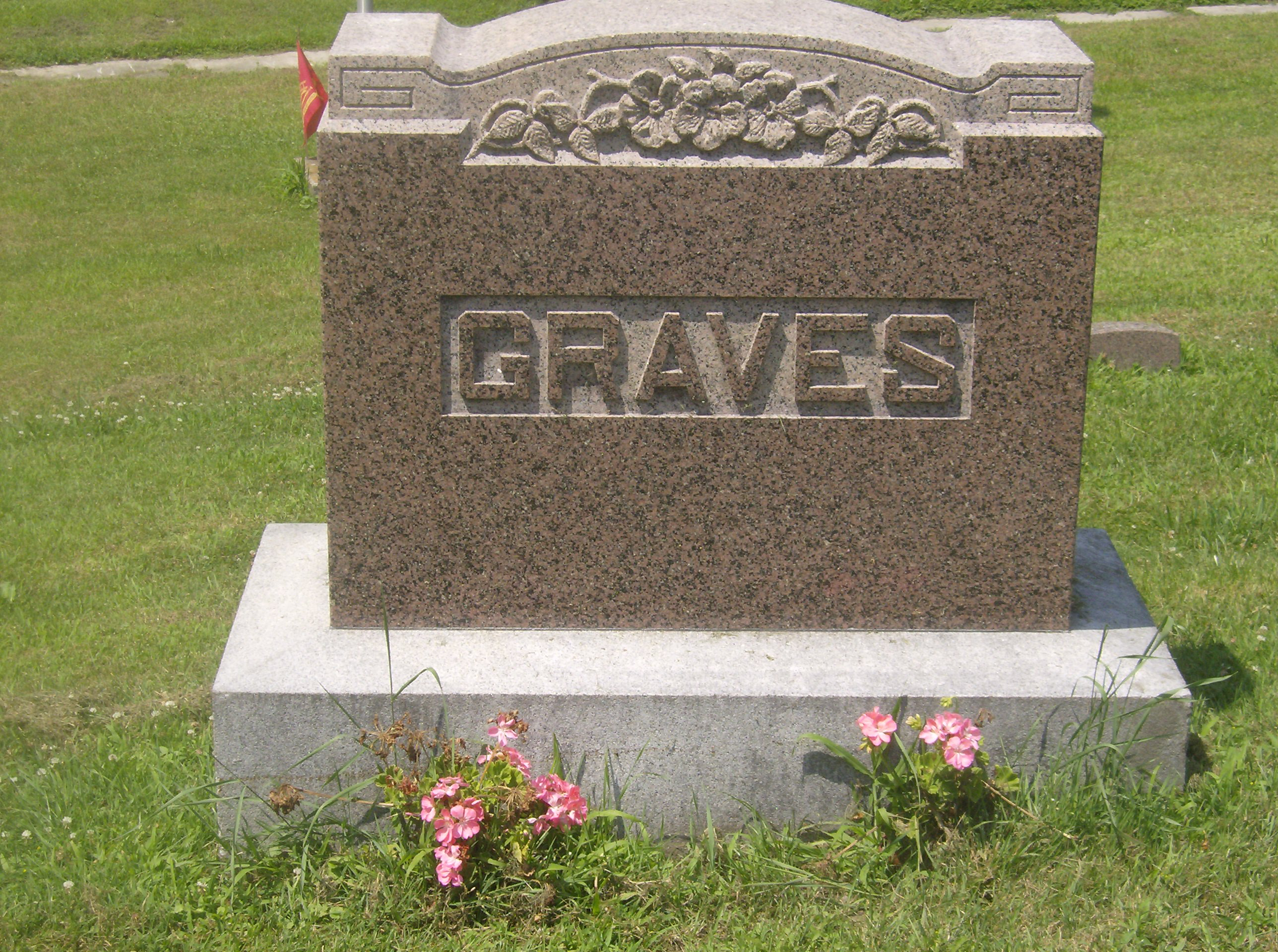 Silas Graves
