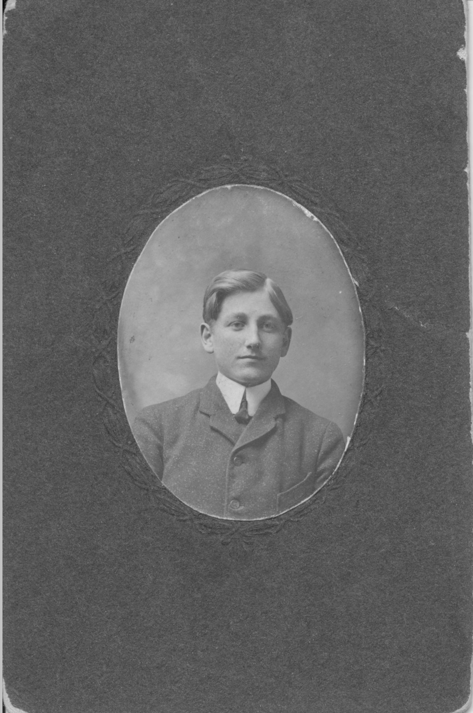 Henry B Schroeder