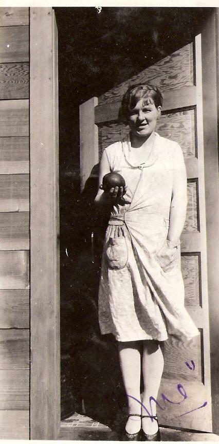 Marguerite DuPont Lee