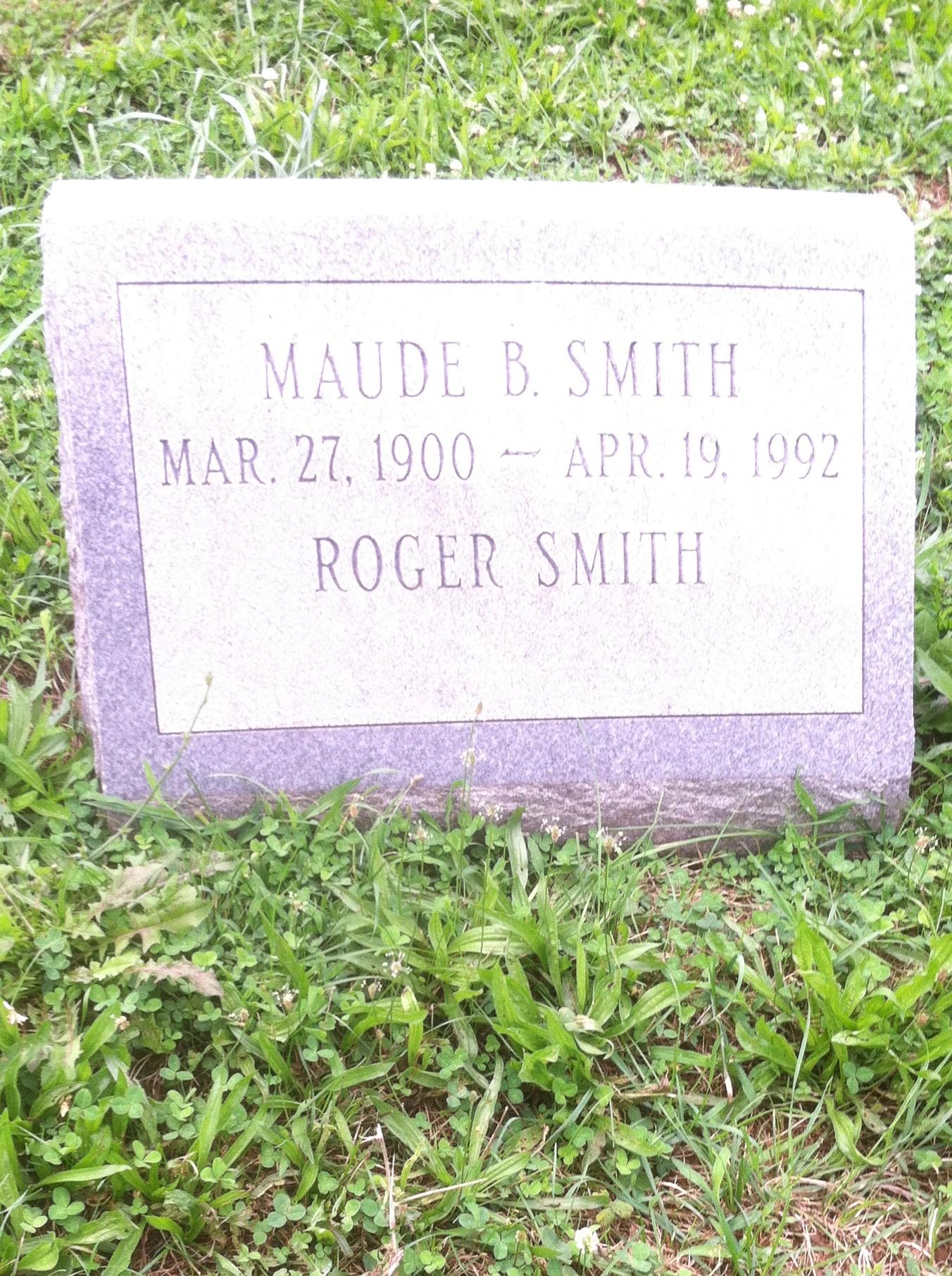 Roger R Smith