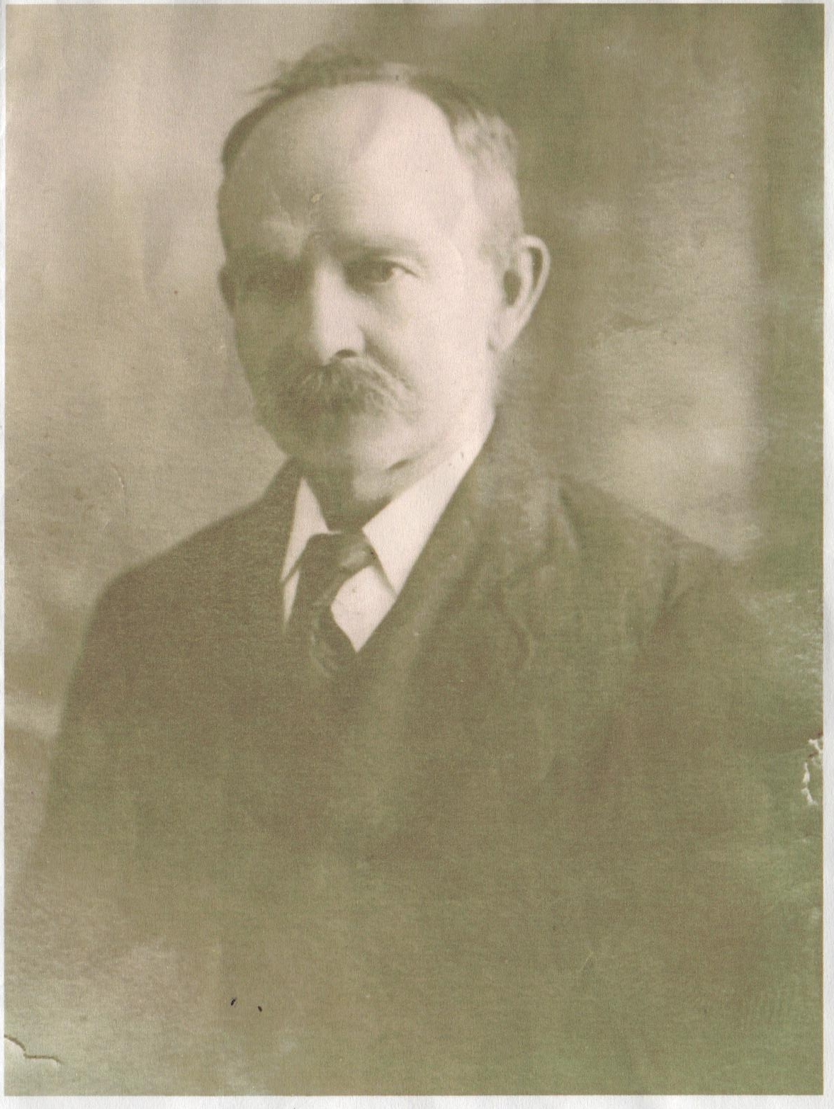 Robert S Rust