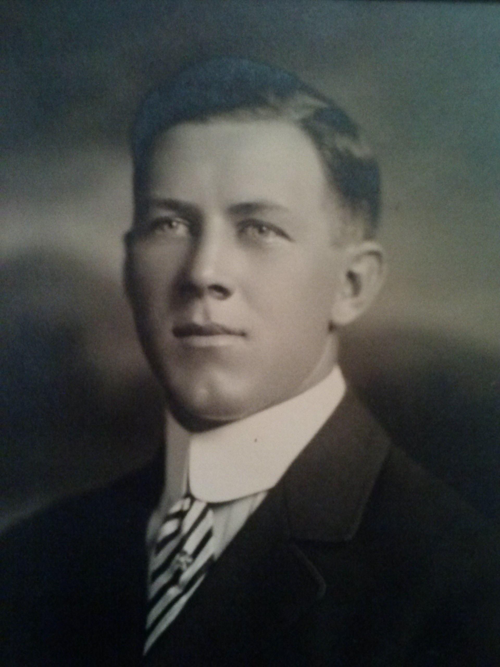 Everett Young