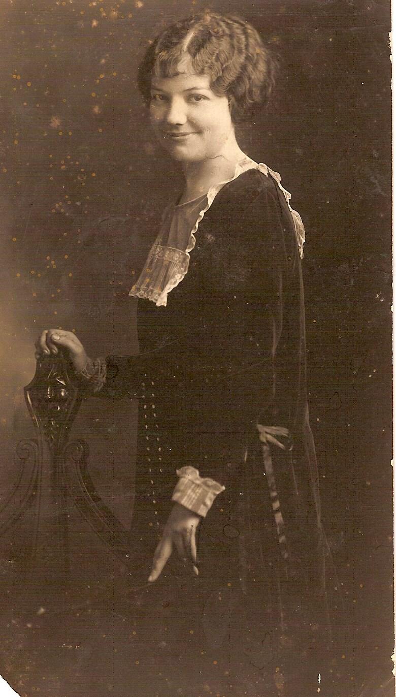 Lillian Holloway
