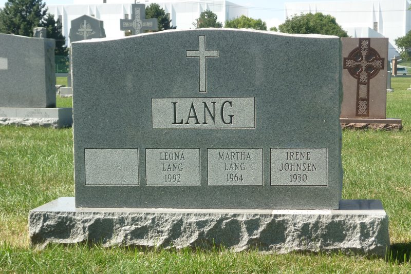Leona Lang