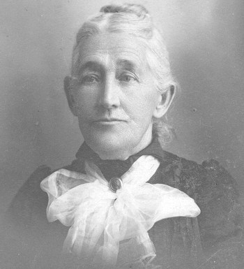 Adelia Hunt