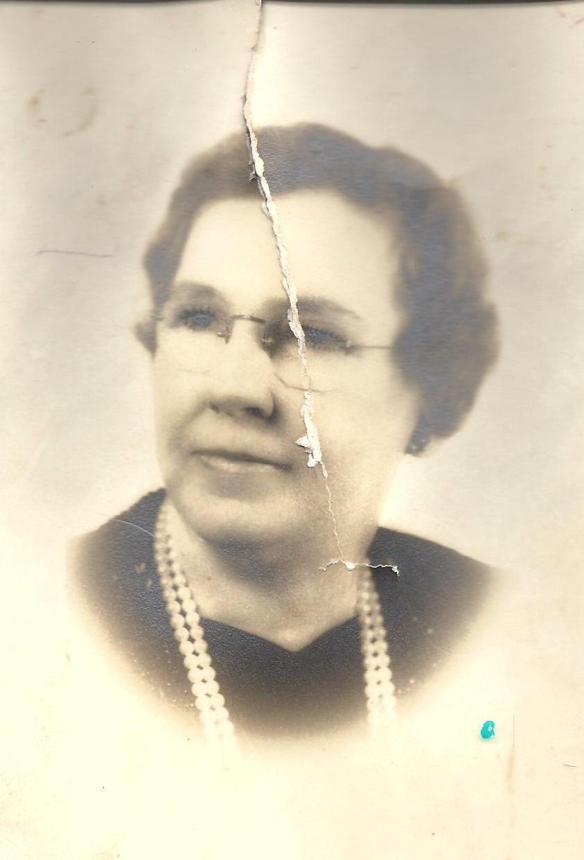 Lydia Stone