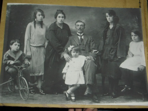 Joaquin Gonzalez Martin' Family Portrait