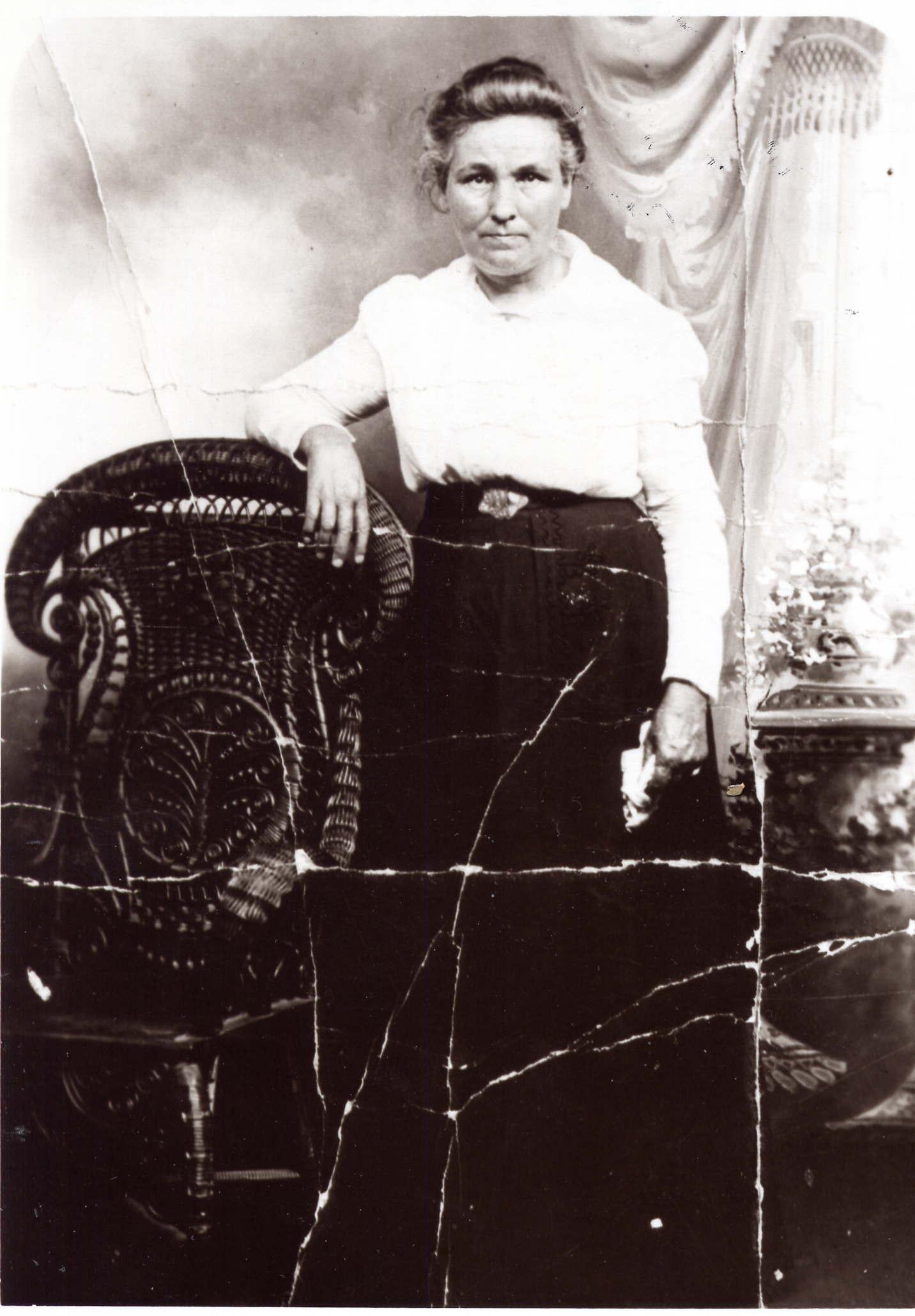 Susan Elizabeth Hardin