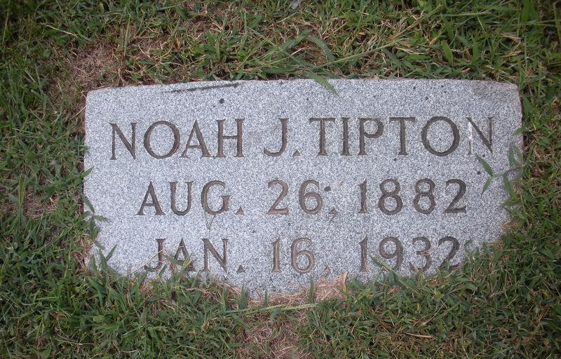 James Lee Tipton