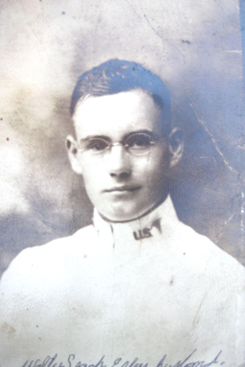 Walter Nathaniel Leach