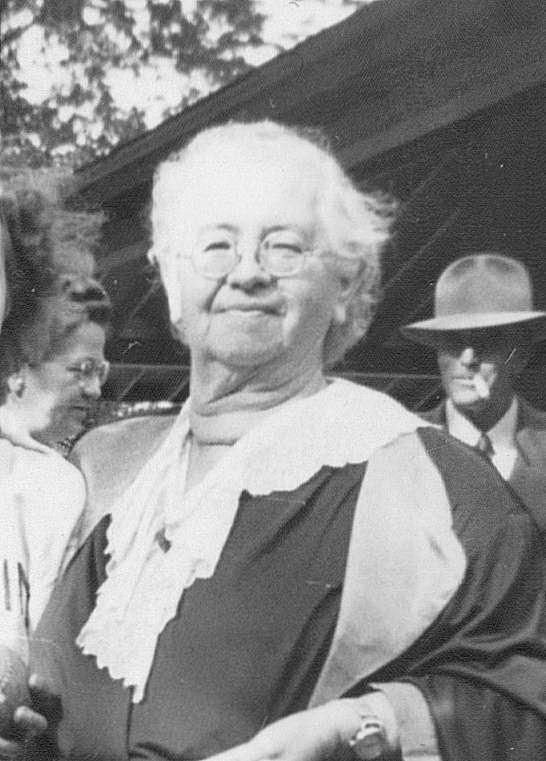 Maude Deal