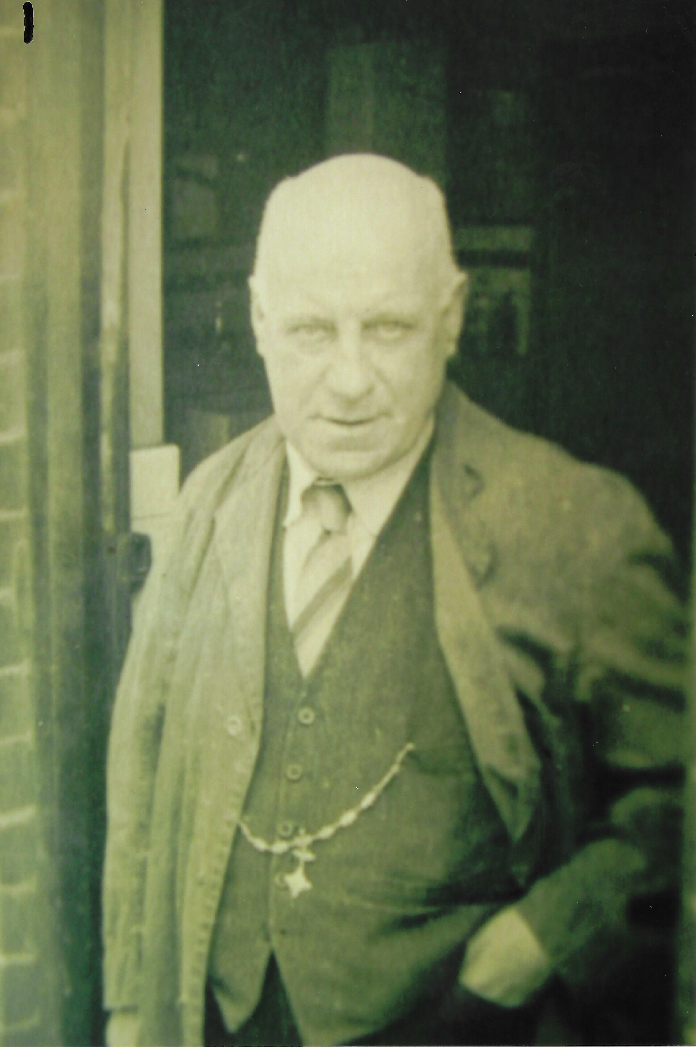 George M Beebe