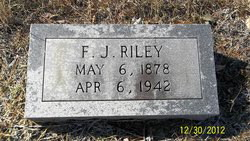 Jerry Lee Riley