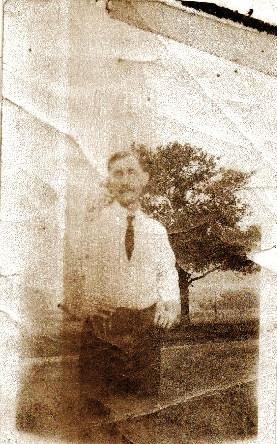 Albert D Harris