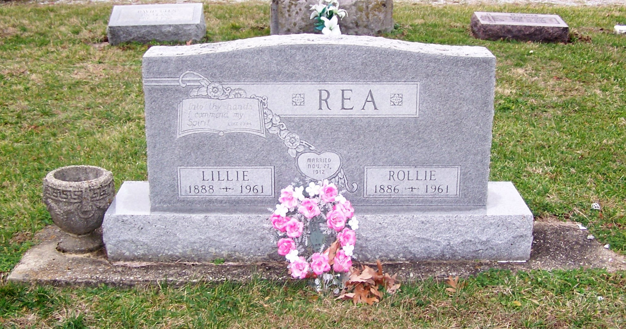 Lillie M Rea