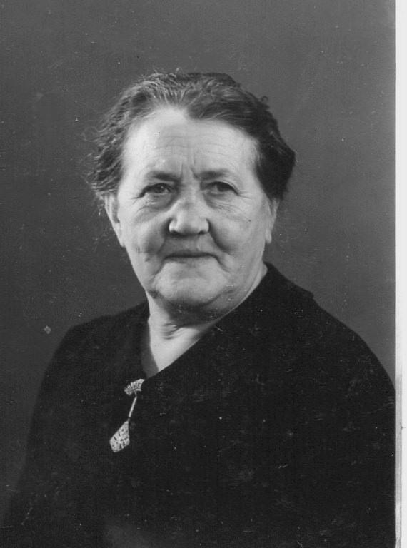 Ana Maria De Bernedo