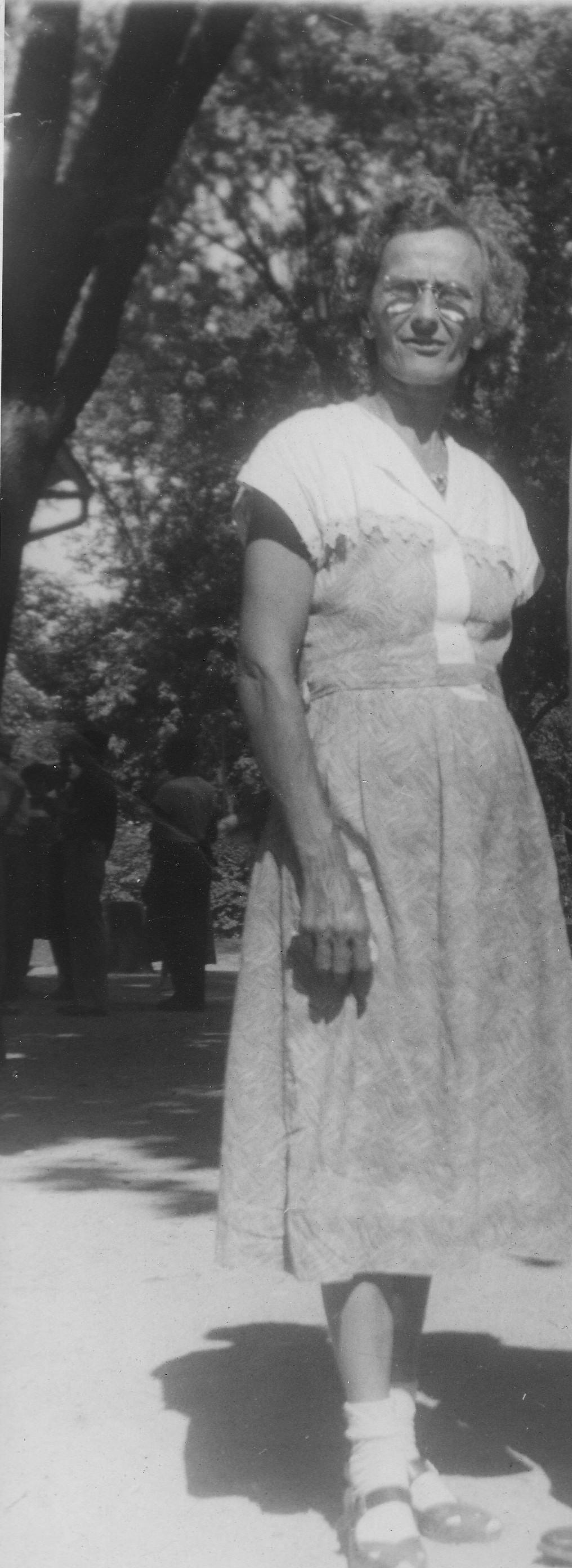 Evelyn M Mendenhall