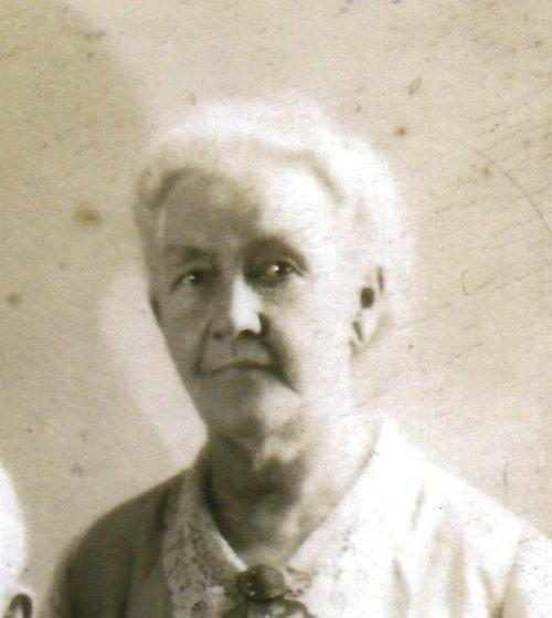 Elvira Lewis