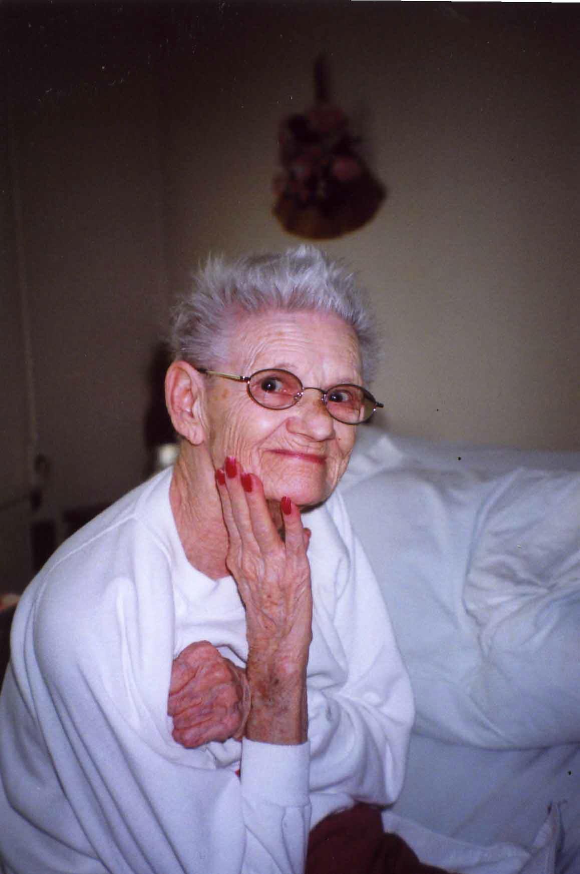Mary L Hunter