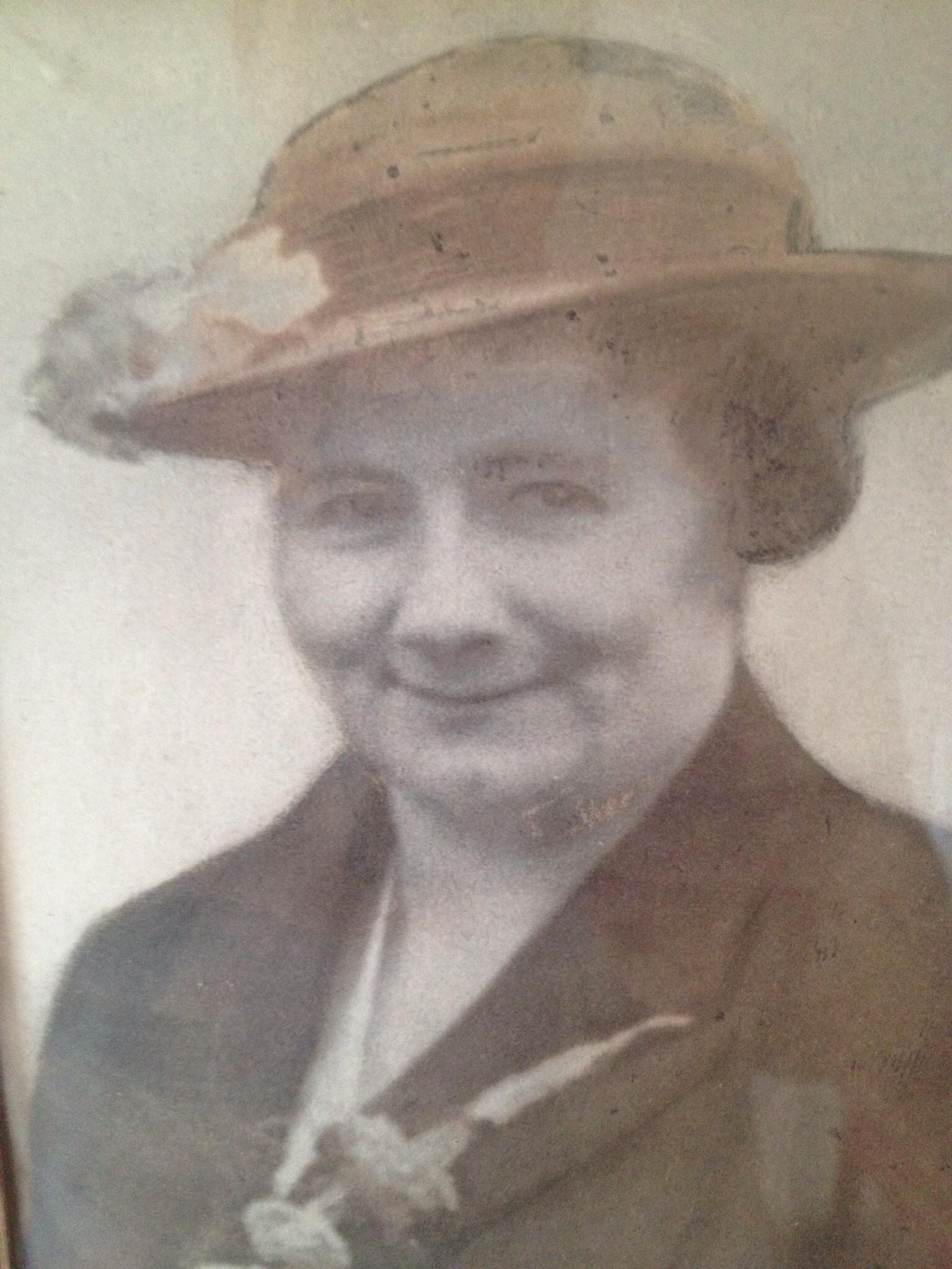Annie Elizabeth Lloyd