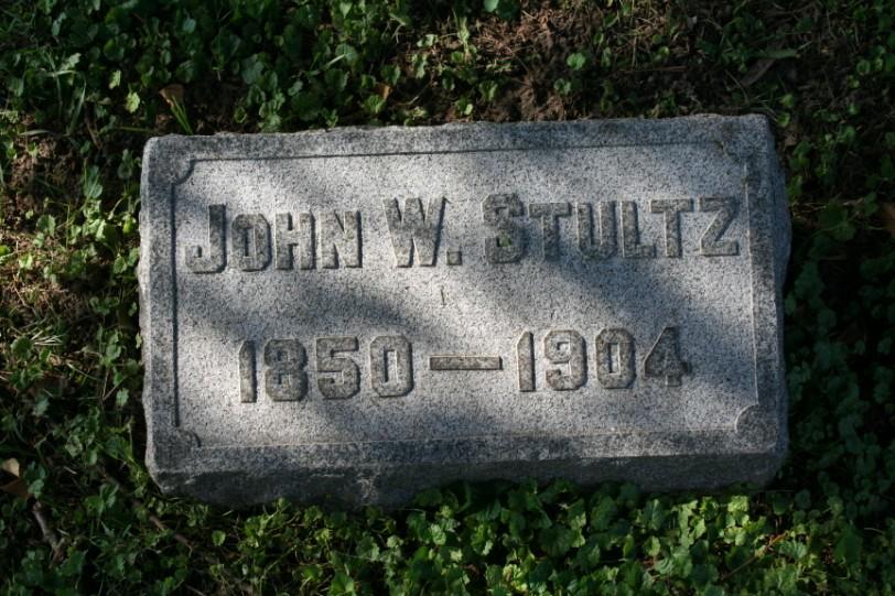 John W Stultz