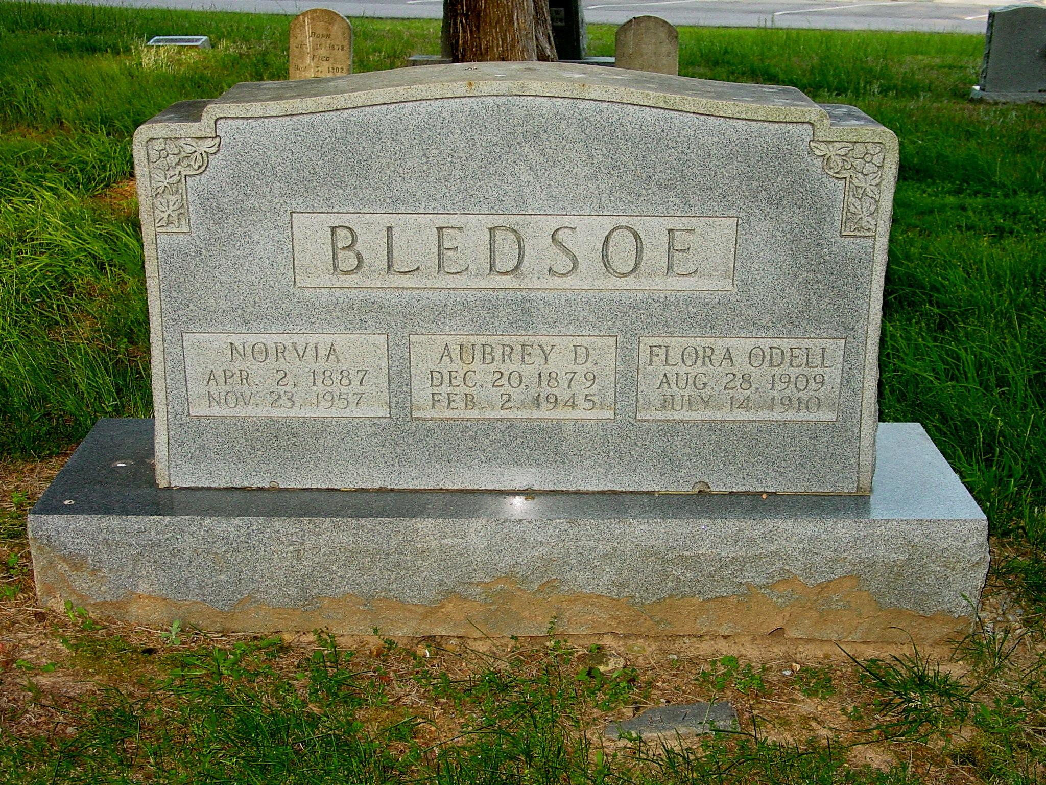 Flora Estell Bledsoe