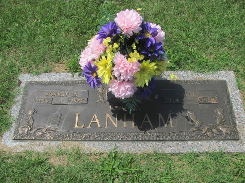 Esta Mae Lanham