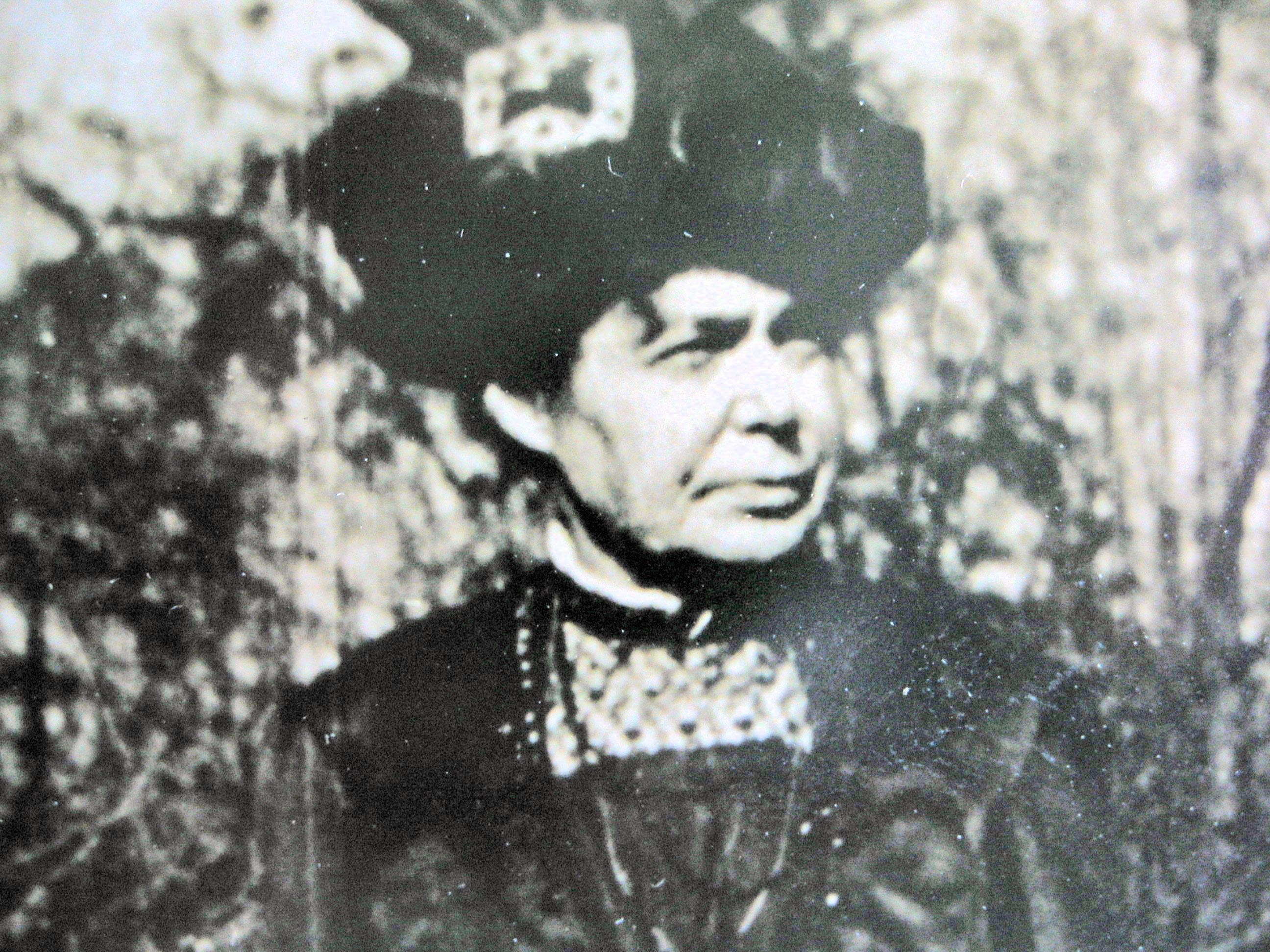 Alice G Taylor