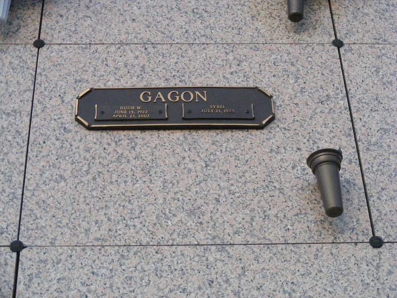 Lester D Gagon