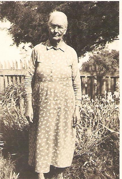 Martha J Childers