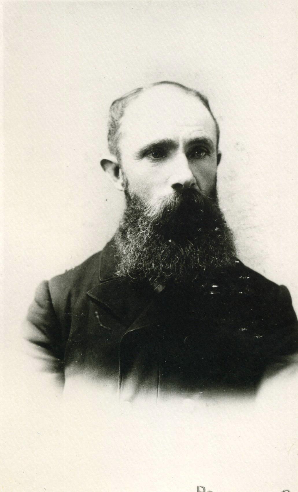 Henry Knott