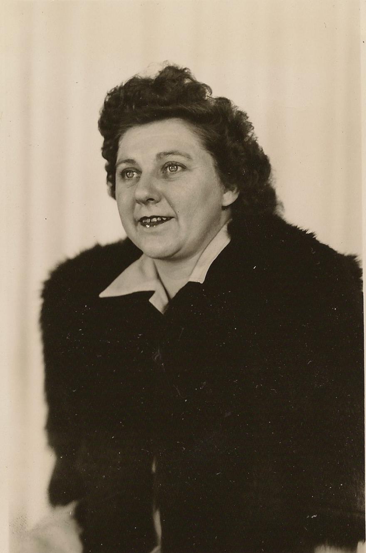 Helen Comeau