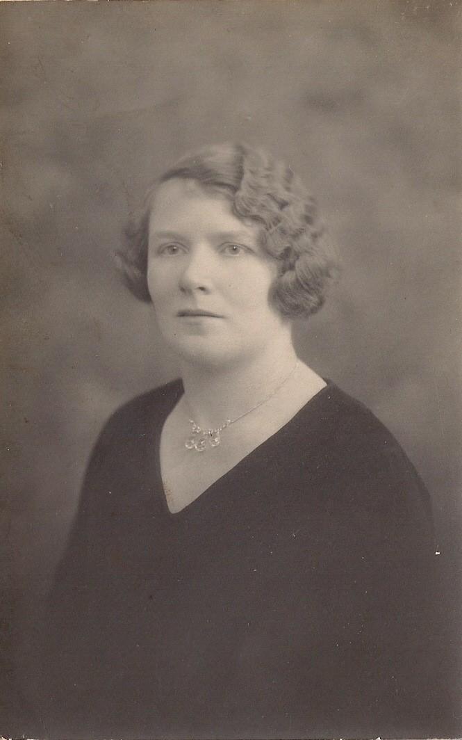 Anne Elder
