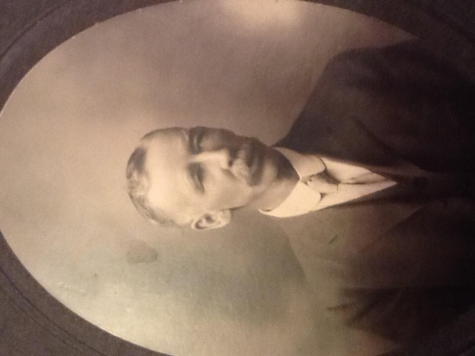 William R Barnett