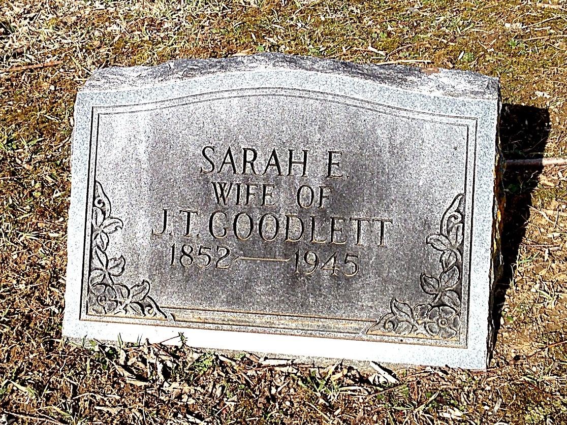 Sarah E Crowder