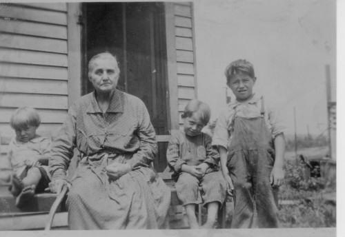 Mildred, Grandma Eliza Lewis Wininger.,Pete, Cleo