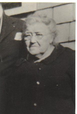 Annie R Sanford