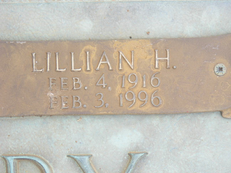 Lillian Holloway