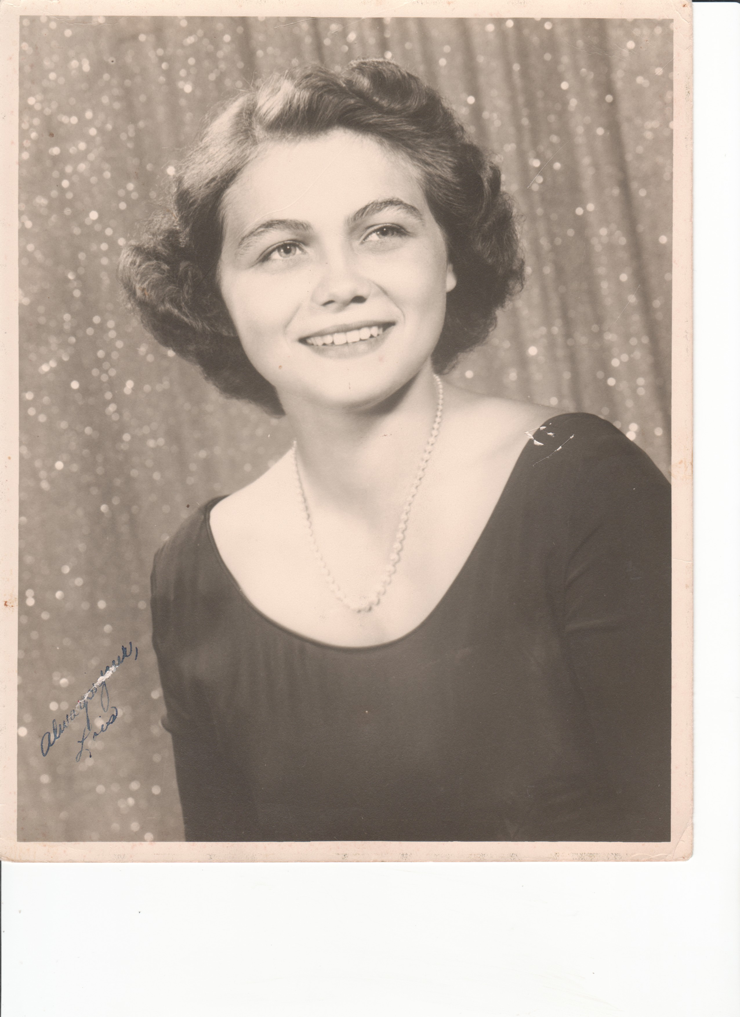 Lois. Ridgely