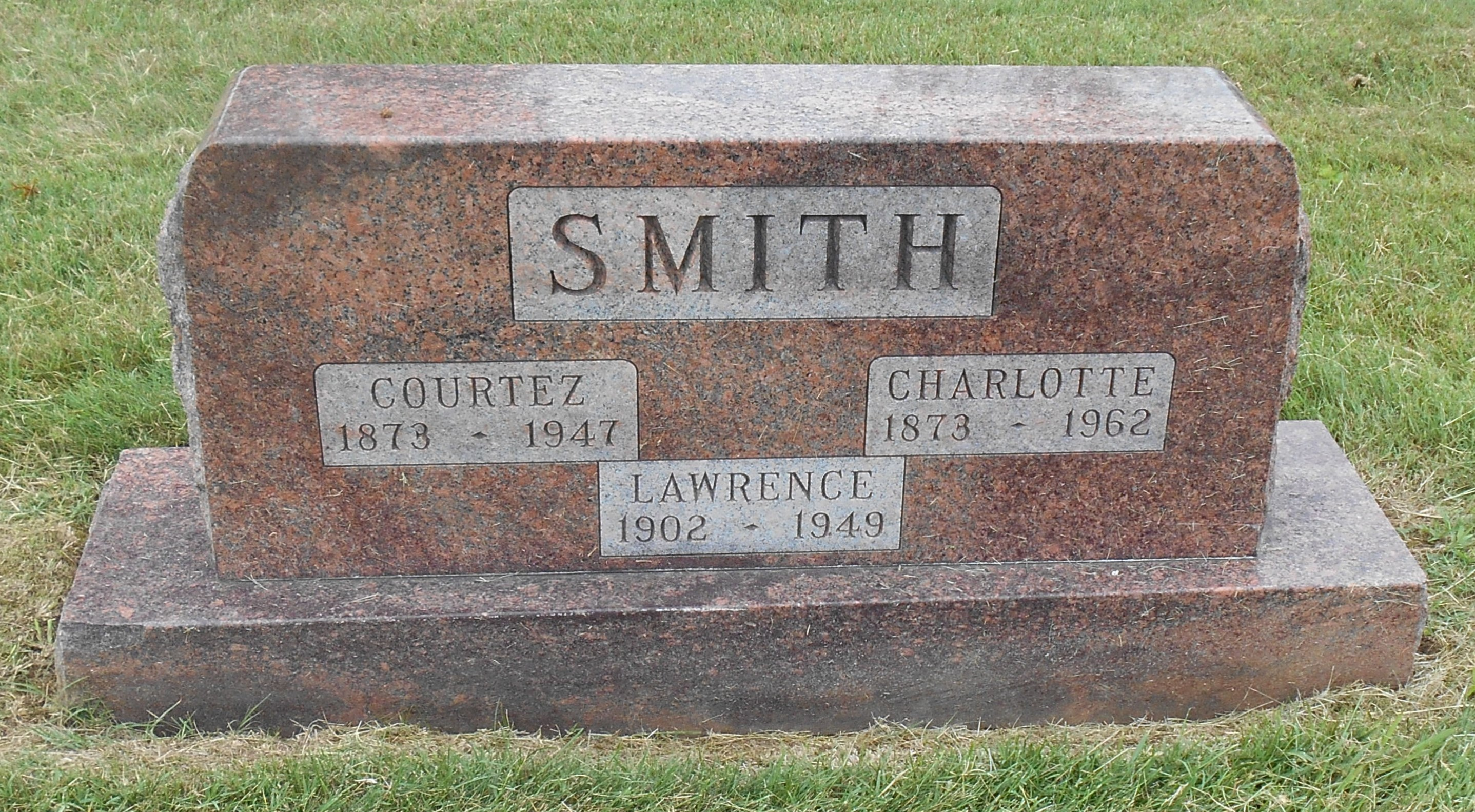 Courtez A Smith