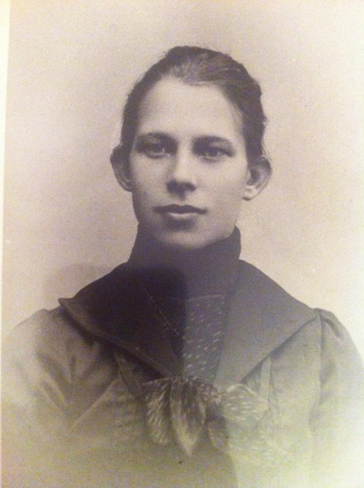 Agnes Elvira Lindblom