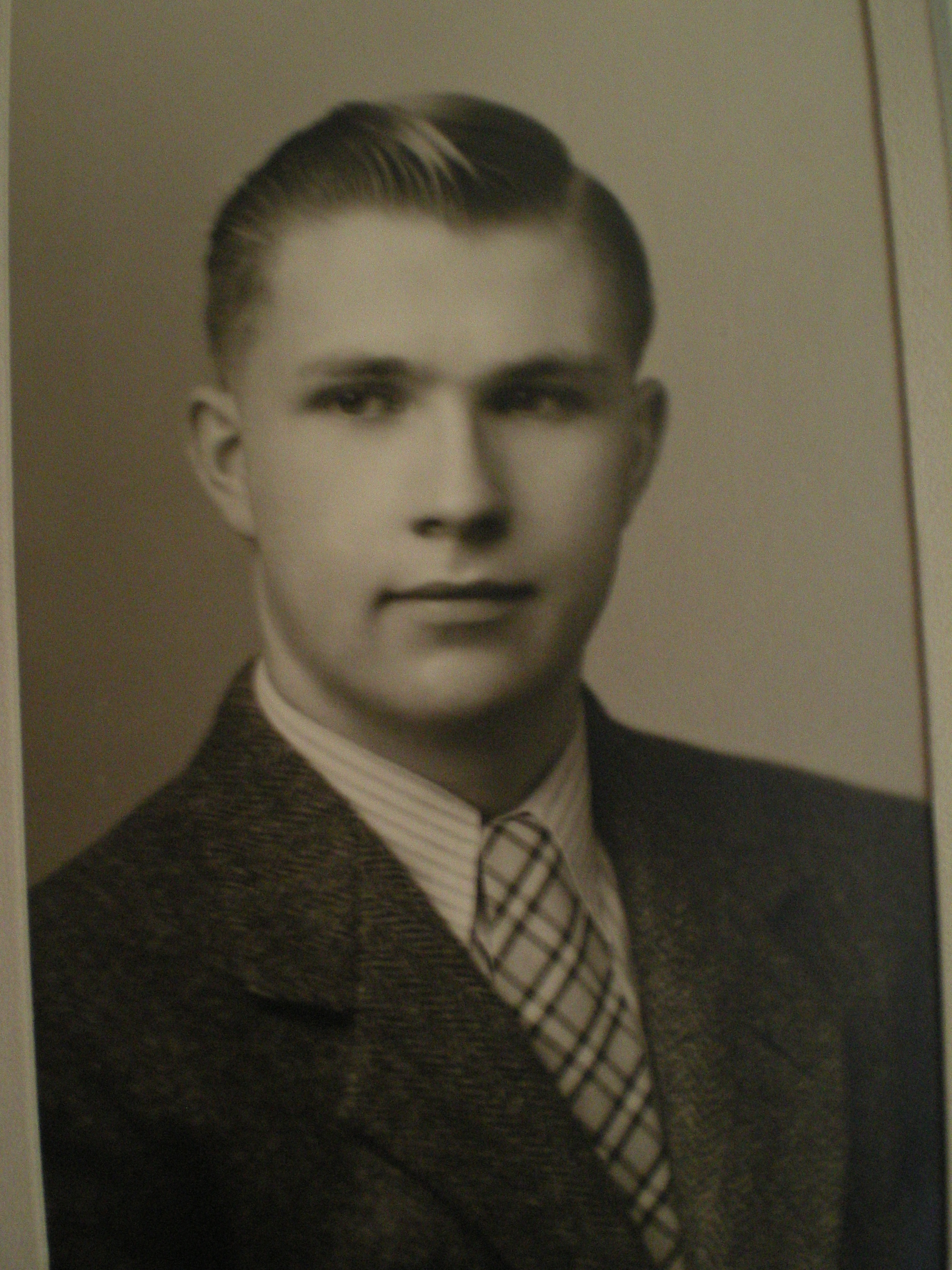 Harold F Luebe