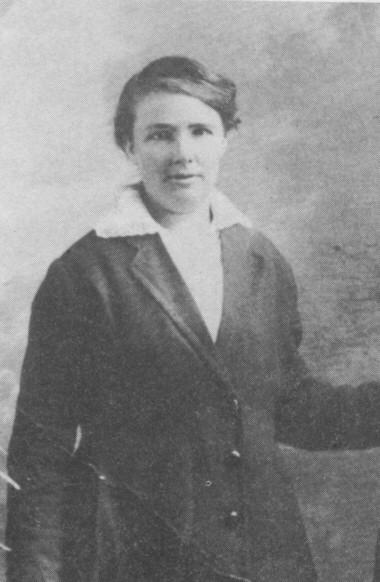 Elizabeth Lil White